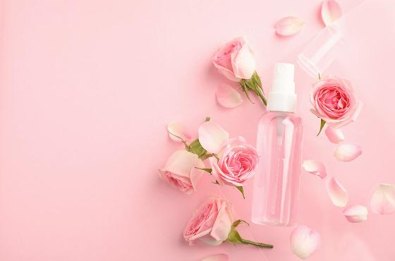 Floral waters: benefits for all skin types