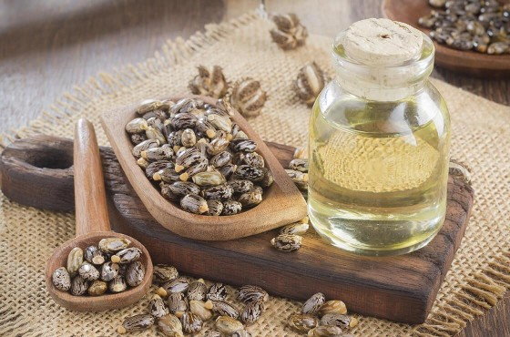 Castor oil: the secret to beautiful hair